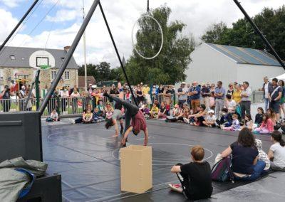 Acrobaties ! Festival Les Pieds dans les Etoiles